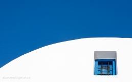 Blue window curve