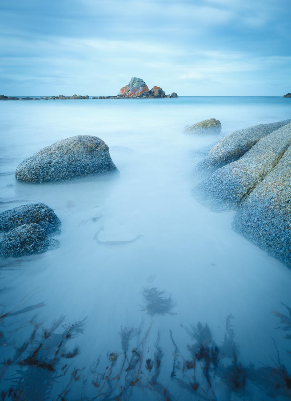 Picnic Rocks shore detail
